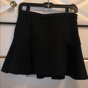 A&f black mini skirt